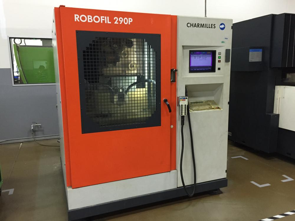 ROBOFIL 290p